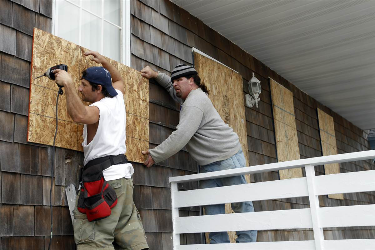 boarding up windows for hurricane